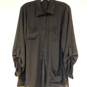 BOOHOO midi length blk tunic w button up sleeves